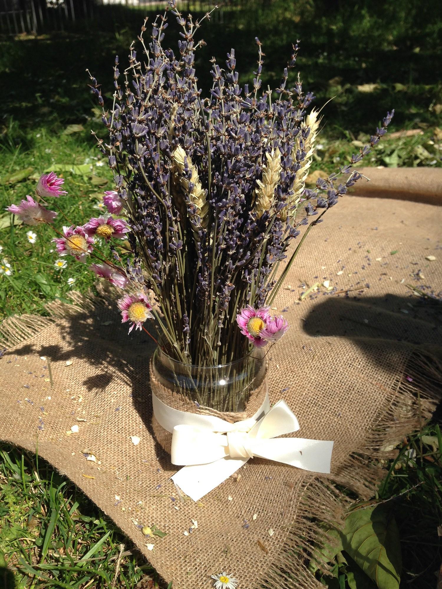 Dried flower bouquet place cards izmirmasajfo