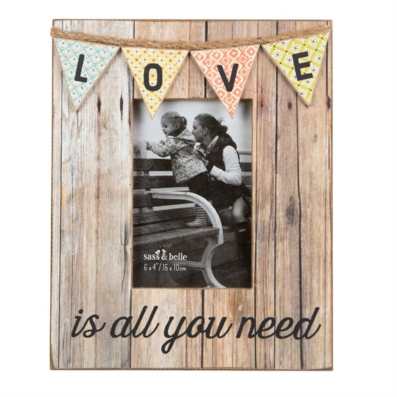 Love Rustic Bunting Photo Frame