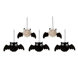 Set of 5 Bats Hanging Halloween Decoration