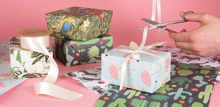Gift wrap negle Image collections